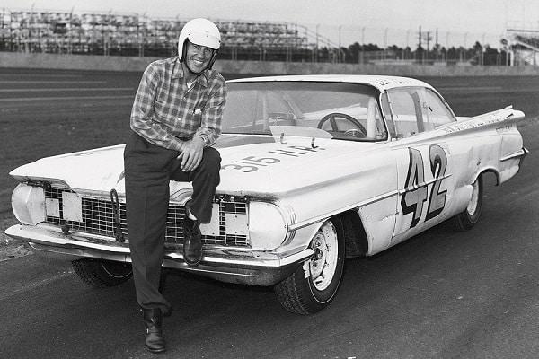 Lee Petty is the 1959 Daytona 500 Winner
